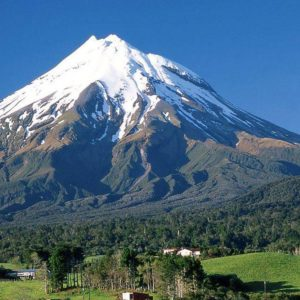 traveliran-topirantour.com-mount-damavand-peak-climb-trek-tour-iran-02
